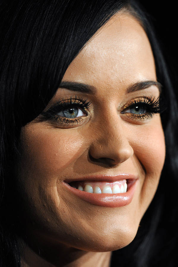 Imgs For > Cakey Foundation Katy Perry