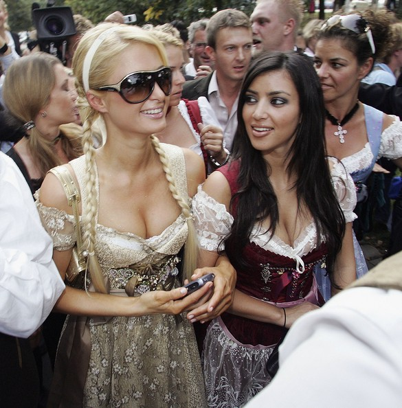 Paris+Hilton+Kim+Kardashian+Paris+Hilton+Advertises+bJDQdCkYGGgl
