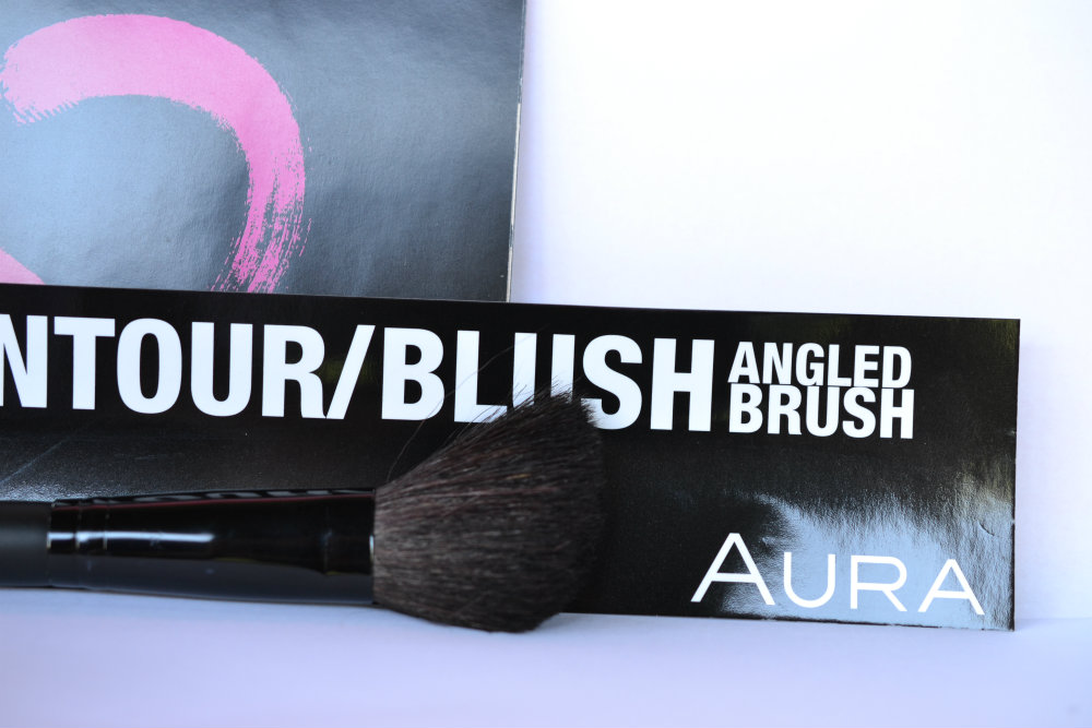 Aura Contour Brush