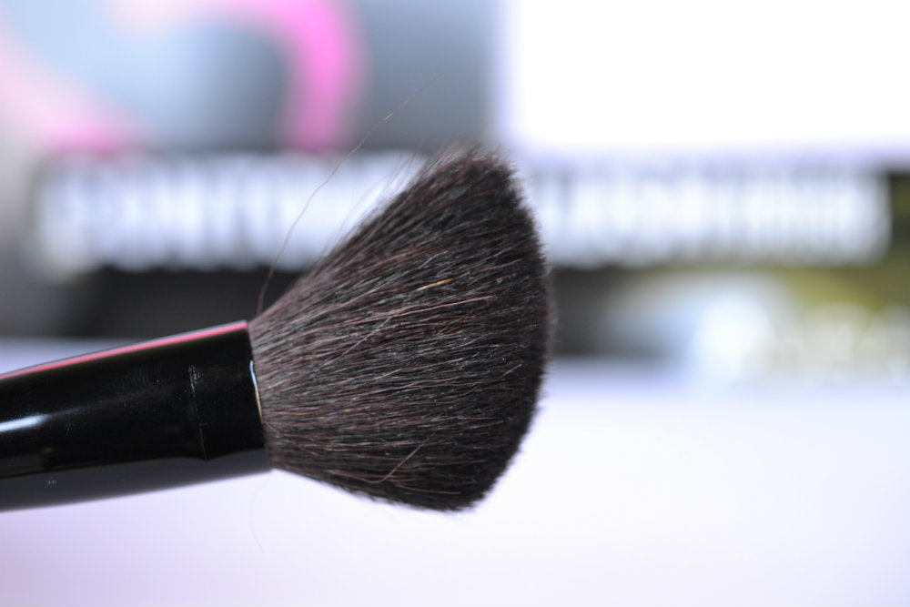 Contour Brush Aura