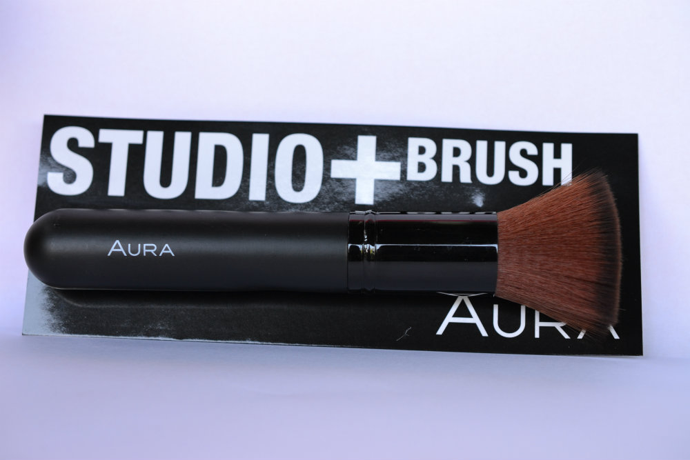Aura Studio + Brush