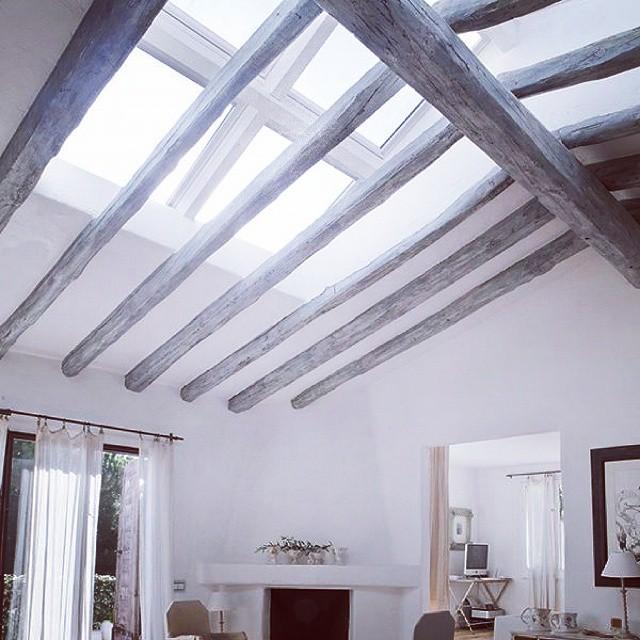 #homedesign  Sta kazete, da dodam grede na podkrovne prozore???