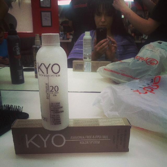 #kyo #alexandarcosmetics #frizer #hair #haircolor Vreme za farbanje